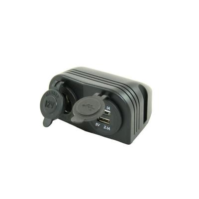Aufbausteckdose - 12V Steckdose + 2x USB Ladegerät
