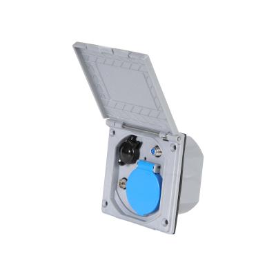 Multifunktions-Außensteckdose - silber - 230 / 12 V SAT und Antenne
